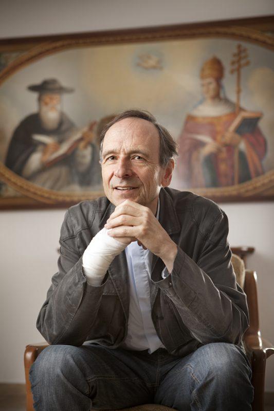 Alfred Toennis / Priester